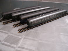 Roco H0 - 44740/44741/44742/44743 - Set of carriages D-Zugwagen