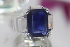Silver men's ring set with blue sapphire of 10 ct - size 62.