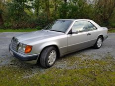 Mercedes Benz - CE 300 coupe type W 124 - 1992