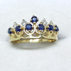 A Natural Sapphire and Diamond 14K/14ct Yellow Gold Tiara Ring