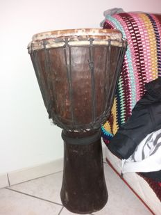 Djambe from Togo made of teak wood