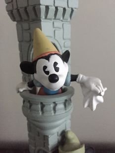 Disney, Walt - Statue/Candle Holder - Mickey & Minnie Mouse Castle (ca. 1990's)