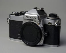 Nikon FE body chrome