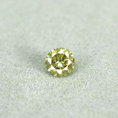Natural Fancy Greenish Yellow Diamond - 0.23 ct, Si1 - NO RESERVE PRICE