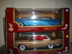 Road Legends - Scale 1/18 - Chevrolet Impala 1959 and the Cadillac Eldorado Biarritz 1958