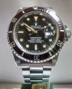 Rolex -- Submariner 16800 tropical dial transition -- Very rare tropical dial with brown dial and bezel -- Unisex -- 1980–1989