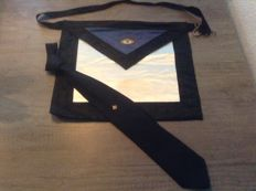 Apron plus tie of Freemasonry