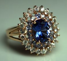 Gold Ring - 4.55 gr. with Tanzanite  2.20 ct.  ,  	Sapphire - 0.88 ct. total , size 59 ***NO RESERVE PRICE***