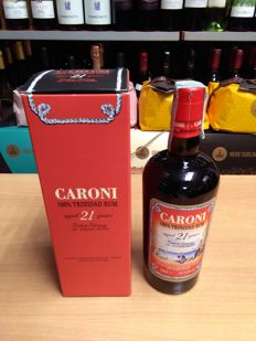 1 bottle of Caroni 21 years - 70cl - 57,18%vol.