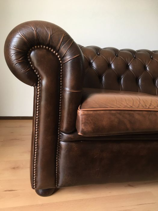 Original Chesterfield Sofa Set By Salvale Design Ltd For