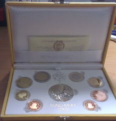 Vatican - year pack/ year collection Euro coins 2009, including silver medal