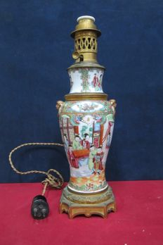 Electrical oil lamp - China - Second half of 19th century