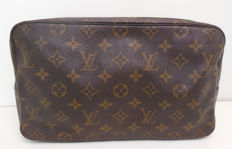 Louis Vuitton Trousse 28 GM/Toiletbag