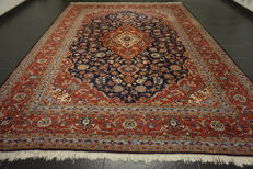Very beautiful old Persian palace carpet, Kashan, finest cork wool, made in Iran, 250 x 350 cm