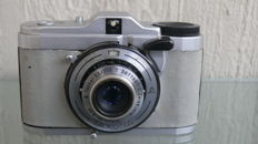 Zeiss Ikon Taxona viewfinder camera