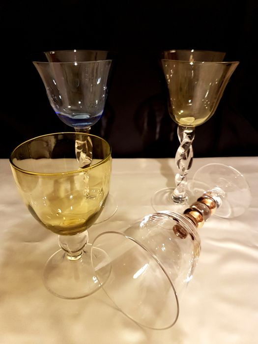 Four Wonderful Collectible Glasses, Cut Crystal, with Twined Stems