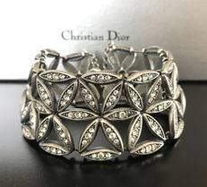 Christian Dior - Large metal cuff bracelet with rosettes decorated with crystals
