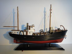 Fishing boat - Trawler - wooden ship model - traditional look
