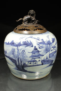 Blue and white jar with bronze lid - China - 19th century
