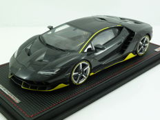 MR Collection Models - Schaal 1/18 - Lamborghini Centenario 2017 - Zwart Carbon met geel - Limited edition 399 stuks