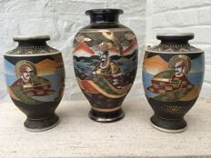 Three Satsuma vases with Samurai warriors - Japan - 1st half 20th century