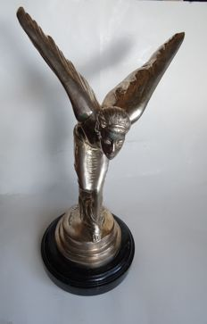 Large 6 kg Rolls Royce SHOWROOM size silver Spirit of Ecstasy flying lady ( MASSIVE STATUE ) LADY OF ECSTASY
