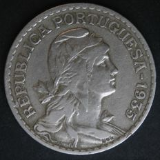 Portuguese Republic – 1 Escudo 1935 – Nickel-silver