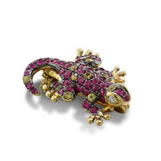 Gecko pendant set with ruby, sapphire and brilliant in 750 yellow gold *no reserve price*