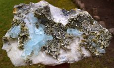 Large Undamaged Aquamarine Crystal Cluster With Muscovite Mica - 237*169*126 mm - 5953gr