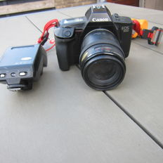 Canon eos 650 with flash and 35/105 lens
