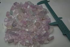 Finest quality Beautiful kunzite crystals  Lot - 2512 Cts (146)