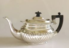 Victorian silver tea pot George Nathan & Ridley Hayes Birmingham 1894 England