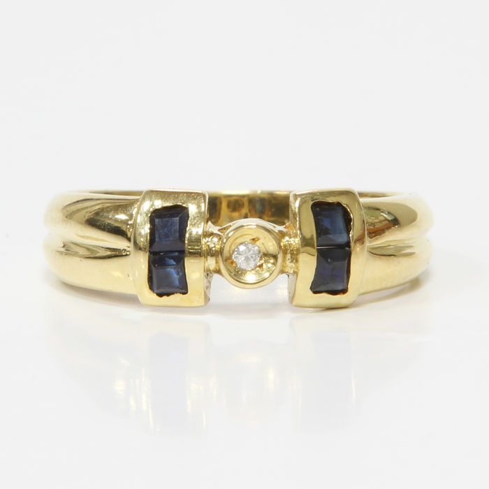 Ring of 18 kt yellow gold with diamond and sapphires - Size: 18 mm 17/57 (EU)