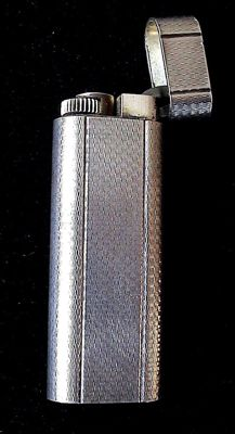 """Must de CARTIER"" : Silver plated Cartier lighter in very good condition"