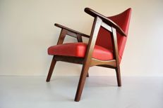 Manufacturer unknown - vintage teak lounge chair (lot 1)