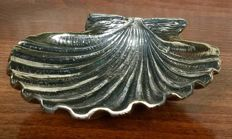 Silver 800 clam shell signed G. Raspini Italy, 20th-century