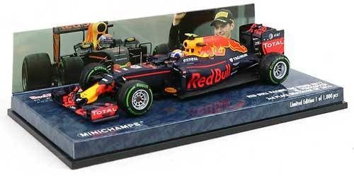 MiniChamps - 1:43 - Red Bull Racing TAG Heuer RB12 #33 3rd Place Brazilian GP 2016 - Max Verstappen - Limited Edition or 1,000 pcs.