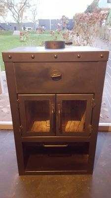 Rais - wood-burning stove, industrial