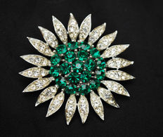 Lisner vintage large flower brooch New York 1950-1955