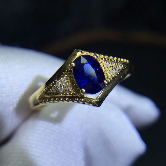 0.5 Carat Sri Lanka Sapphire Ring In 18K Solid Gold with Diamond; Ring Size: 6.75*** Free Shipping *** Free Resizing