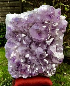 Beautiful large piece of Amethyst with big points and phantoms and overgrown with calcite points - 25 x 20 x 17 cm - 13.200 kg
