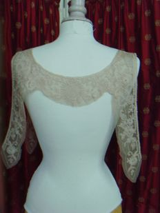 "Large insert of beige ""Bretons"" lace - early 20th century - France"