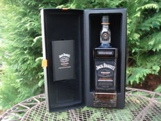 Jack Daniel's Sinatra Select - bottle of bold smooth classic Tennessee whiskey - original collector item box