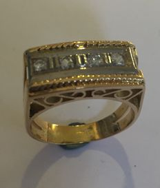 Gold Riviera ring with 4 diamonds (octagonal cut) Belgium approx. 1960