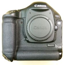 CANON EOS - 1 D Mark III camera