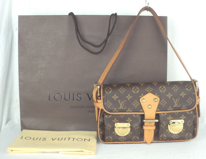 louis vuitton monogram hudson pm hand schultertasche catawiki. Black Bedroom Furniture Sets. Home Design Ideas
