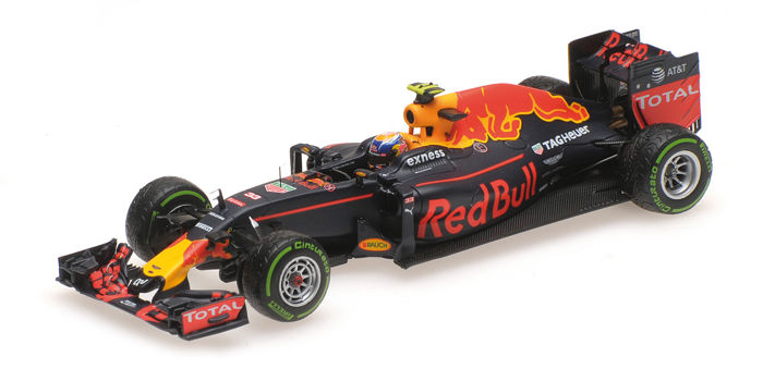 MiniChamps - 1:43 - Red Bull Racing RB12 3rd Place Brazil GP 2016  - Limited Edition of 1.000 pcs.