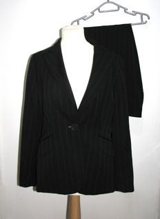 Escada - Edition, trouser suit in black with blue stripes