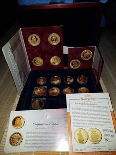 Netherlands - royal House medals (15 pieces) in three coffers - bronze gold plated