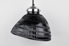 Hlophane vintage black glass lamp from the 1940s